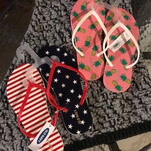 2 pair of new with tag flip flops
